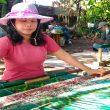 Sepi Pembeli Akibat PPKM, Kini Penenun Uis Karo Kembali Bergairah